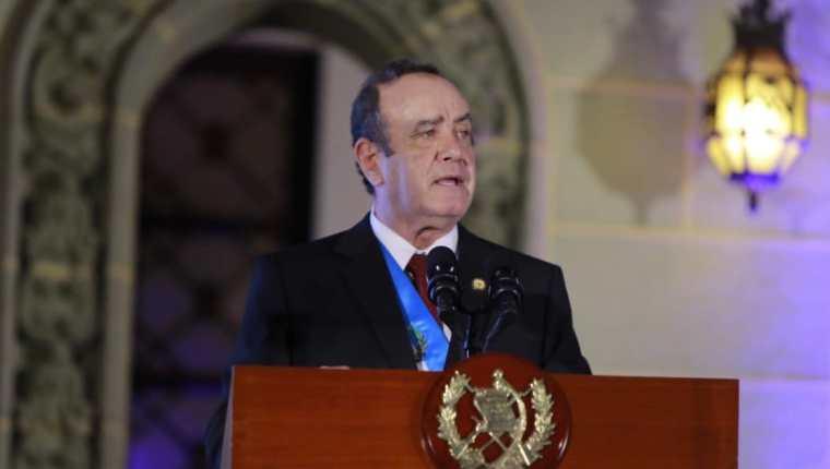 Uno de los abogados que auxilia al presidente tiene un historial defendiendo a sindicados por corrupción. (Foto Prensa Libre: Hemeroteca PL)