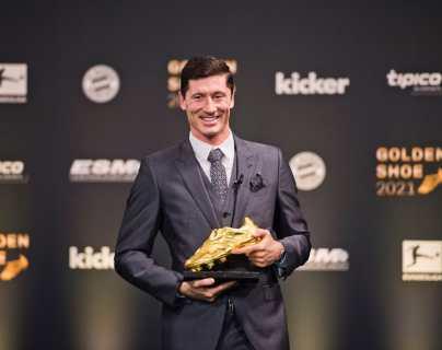 """Robert Lewandowski recibe la Bota de Oro: """"Compito conmigo mismo, no con Lionel Messi ni Cristiano Ronaldo"""""""