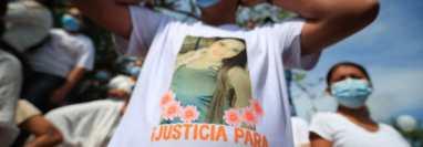 Amigos y familiares de Melissa Palacios exigieron a las autoridades dar con los responsables de la muerte de la joven. (Foto HemerotecaPL)