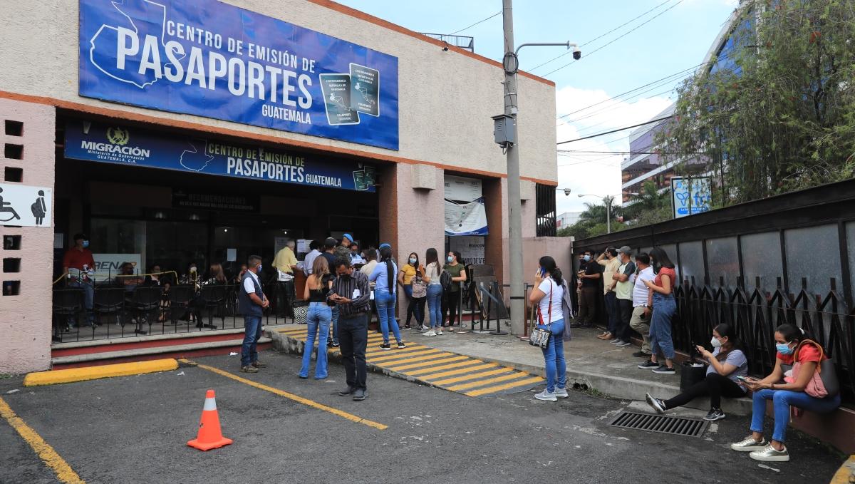 Centro de Emisión de Pasaportes estará cerrado dos días por casos de covid-19 y en este lugar atenderán a personas con cita