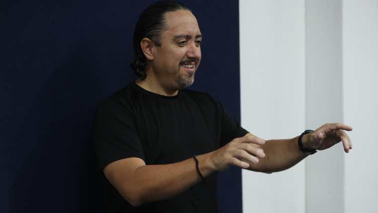 El  arreglista, compositor, director e intérprete musical ha participado en eventos corales en 18 países y ha sido consultor de diversos proyectos corales. (Foto Prensa Libre: María José Bonilla)