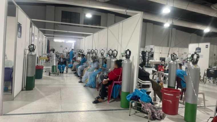 Pacientes en el Hospital Parque de la Industria. (Foto Prensa Libre: HemerotecaPL)