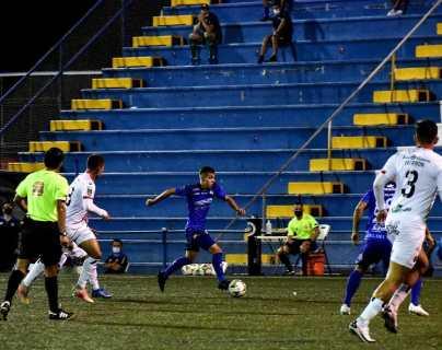 Amarini Villatoro, con el Pérez Zeledón, logra su primera victoria en Costa Rica ante Alajuelense