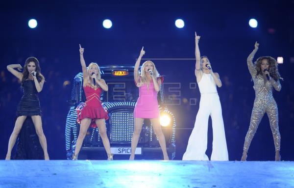 Una colección limitada de vinilos y casetes fue lanzada por las Spice Girls como parte de la celebración por el 25 aniversario de su álbum debut, Spice. (Foto Prensa Libre: EFE)