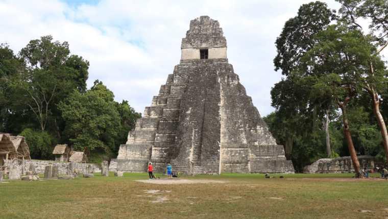 El Parque Nacional Tikal ofrece distintos paisajes a los visitantes. (Foto Prensa Libre: Hemeroteca PL)
