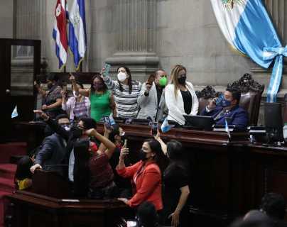 El Congreso tiene una corte a su medida, dice Claudia Escobar sobre la elección de Cortes