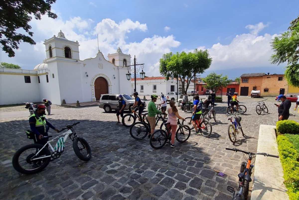 """BiciRuta 502: en qué consiste el """"colazo"""" que se llevará a cabo en Antigua Guatemala para promocionar el proyecto de una gran ciclovía en el país"""