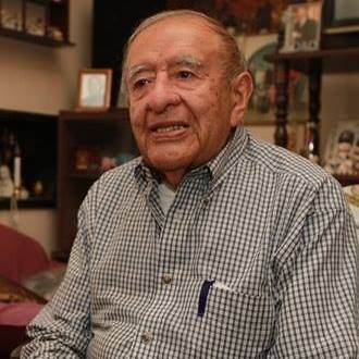 Fallece Julio César Anzueto de León, destacado periodista guatemalteco que presenció la entrega del premio Nobel para Miguel Ángel Asturias y Rigoberta Menchú