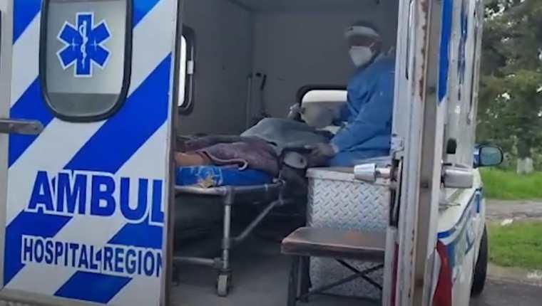 Personas de Salud del Quiché reporta aumento en los casos por aglomeraciones en festividades. (Foto Prensa Libre)