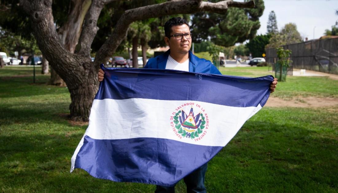 Un aficionado recorrió internet en busca de mejores futbolistas salvadoreños