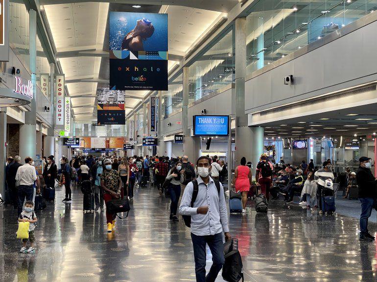 EE. UU. alerta de récord de pasajeros con armas en aeropuertos de Florida –  Prensa Libre