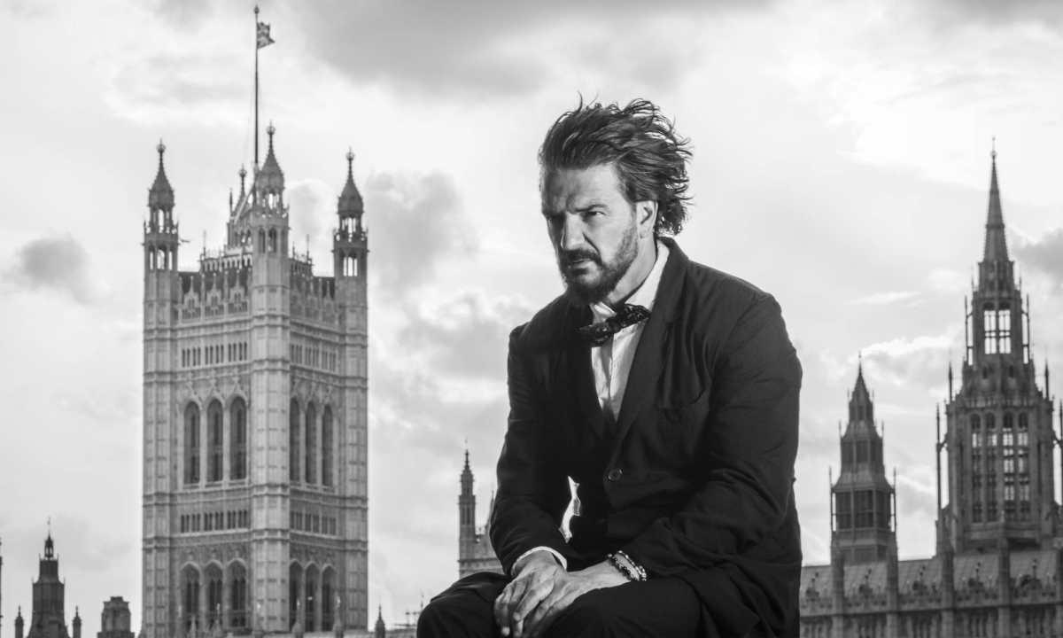 """Ricardo Arjona y la gira """"Blanco y negro"""": cantautor guatemalteco dará conciertos por Norteamérica en 2022"""