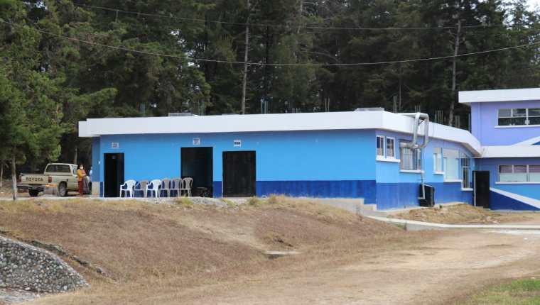 Área de covid-19 en donde se encuentra internado el niño recién nacido en el hospital Regional de Quiché. (Foto Prensa Libre: Héctor Cordero)