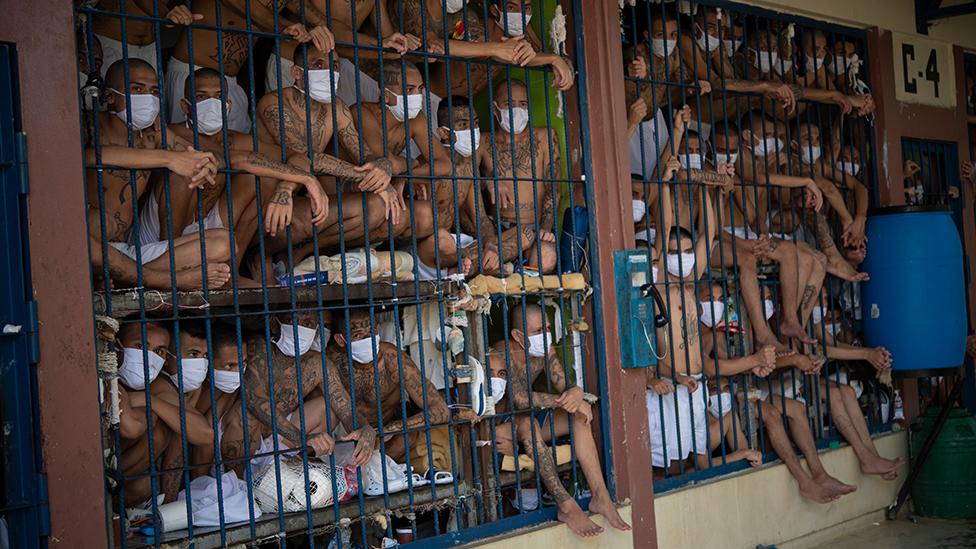Los 6 países de América Latina y el Caribe donde la cantidad de presos duplica, triplica y hasta cuadriplica la capacidad de las cárceles