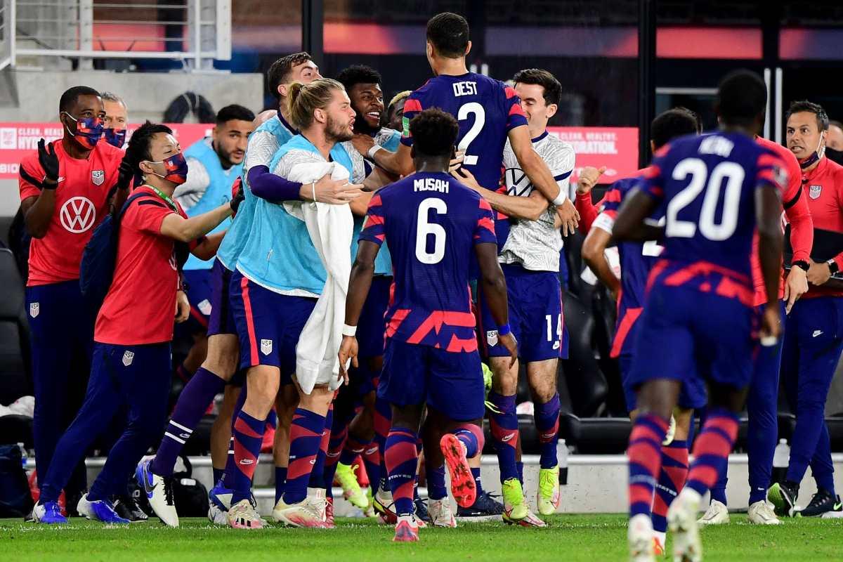 Estados Unidos remonta ante una Costa Rica que perdió a Keylor Navas por lesión