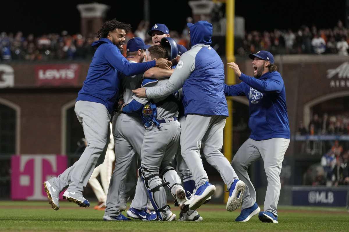 Bellinger y Scherzer ponen a Dodgers en Serie de Campeonato ante Bravos