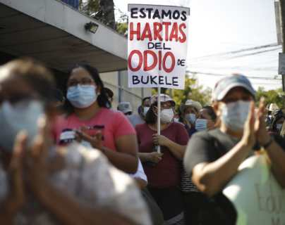 Congreso salvadoreño prohíbe concentraciones y niega que sea por protestas contra Nayib Bukele