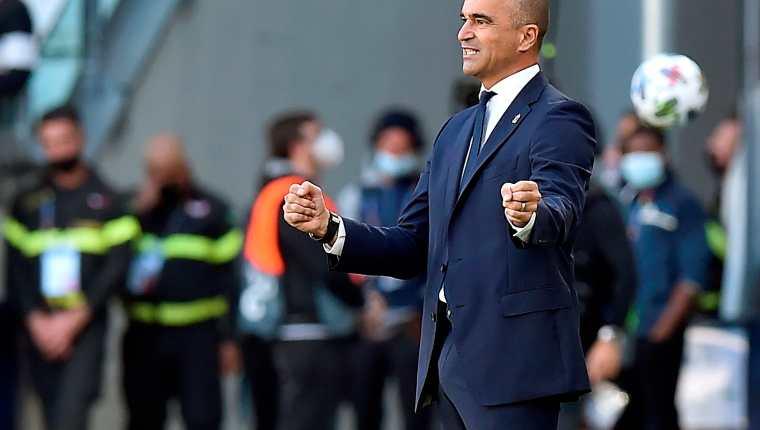 El entrenador de Bélgica Roberto Martinez reaccionaen el duelo ante Italia por el tercer lugar de la Nations League. (Foto Prensa Libre: EFE)