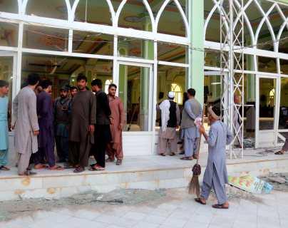 Atentado terrorista en mezquita: Al menos 32 muertos y 50 heridos en un ataque suicida en Afganistán