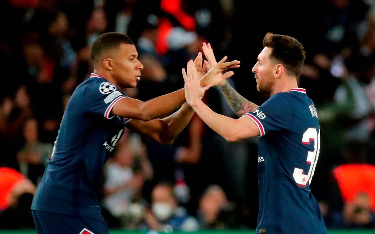 """Leo Messi, con penal """"a lo Panenka"""" incluido y Kylian Mbappé evitan un drama para el PSG"""