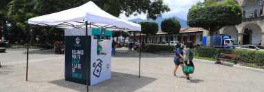 Varios municipios intentan frenar la ola de contagios, como Antigua Guatemala, que quiere ser el primero en lograr una alerta verde. (Foto Prensa Libre: Byron García)