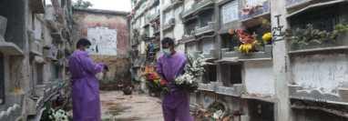 Los cementerio de Guatemala permanecerán cerrados este 31 de octubre y el 1 y 2 de noviembre 2021 por la pandemia. (Foto Prensa Libre: Érick Ávila)