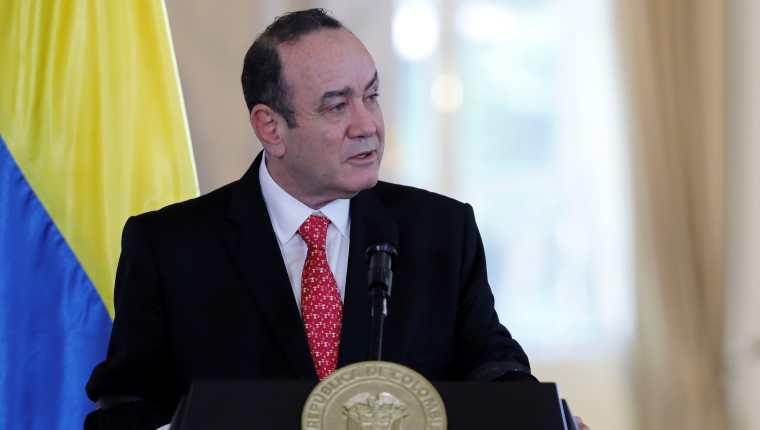 El presidente Alejandro Giammattei se reunió con su homólogo de Colombia Iván Duque en Bocotá. (Foto Prensa Libre: EFE)