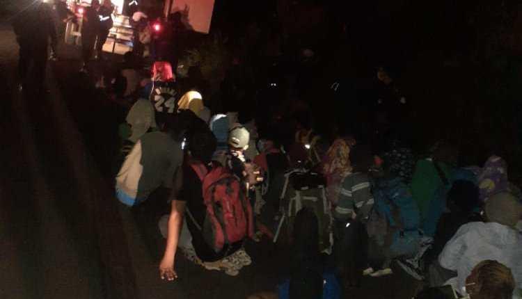 Los gritos de auxilio alertaron a las autoridades, 126 migrantes estaban dentro de un contenedor