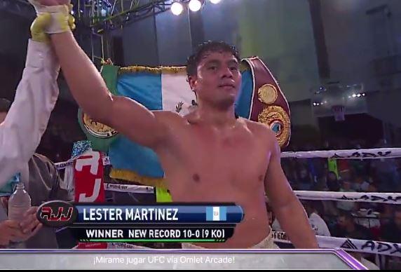¡Ganó Lester Martínez! Mantiene su invicto en una dura pelea ante el cubano Raiko Santana