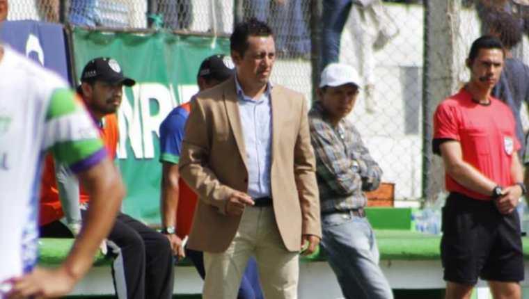 Roberto Montoya, técnico mexicano, que dirige a Antigua GFC. Foto Antigua GFC