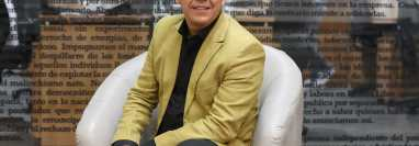 El cantautor Aroddy Espinales, originario de Chiquimula es noninado a los Latin Grammy 2021 en la categoría de Mejor Álbum Cristiano en español.  Aquí en las instalaciones de Prensa Libre. (Foto Prensa Libre: María Reneé Barrientos Gaytan).