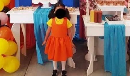 Fiesta al estilo de El Juego del Calamar desata críticas contra padres de niña de 5 años