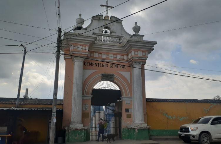 Gobierno analiza el cierre de los cementerios el 1 de noviembre, Día de Todos los Santos, por el covid-19