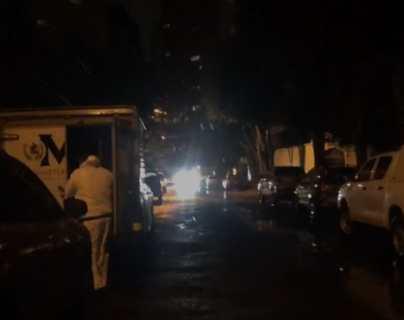 MP se hace presente al lugar donde fueron encontrados los cadáveres. (Foto Prensa Libre: Andrea Domínguez)