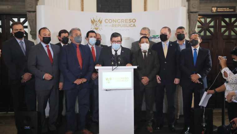 Las bancadas Viva, Creo, Unionista y Humanista anuncian que no apoyarán a ninguna planilla oficialista para la Junta Directiva del Congreso del 2022. (Foto Prensa Libre: Byron García)