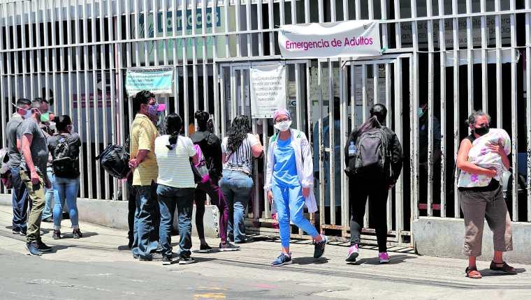 En los últimos meses, los hospitales han enfrentado un serio desabastecimiento de medicamentos para tratar los casos de covid-19. (Foto Prensa Libre: Hemeroteca PL)