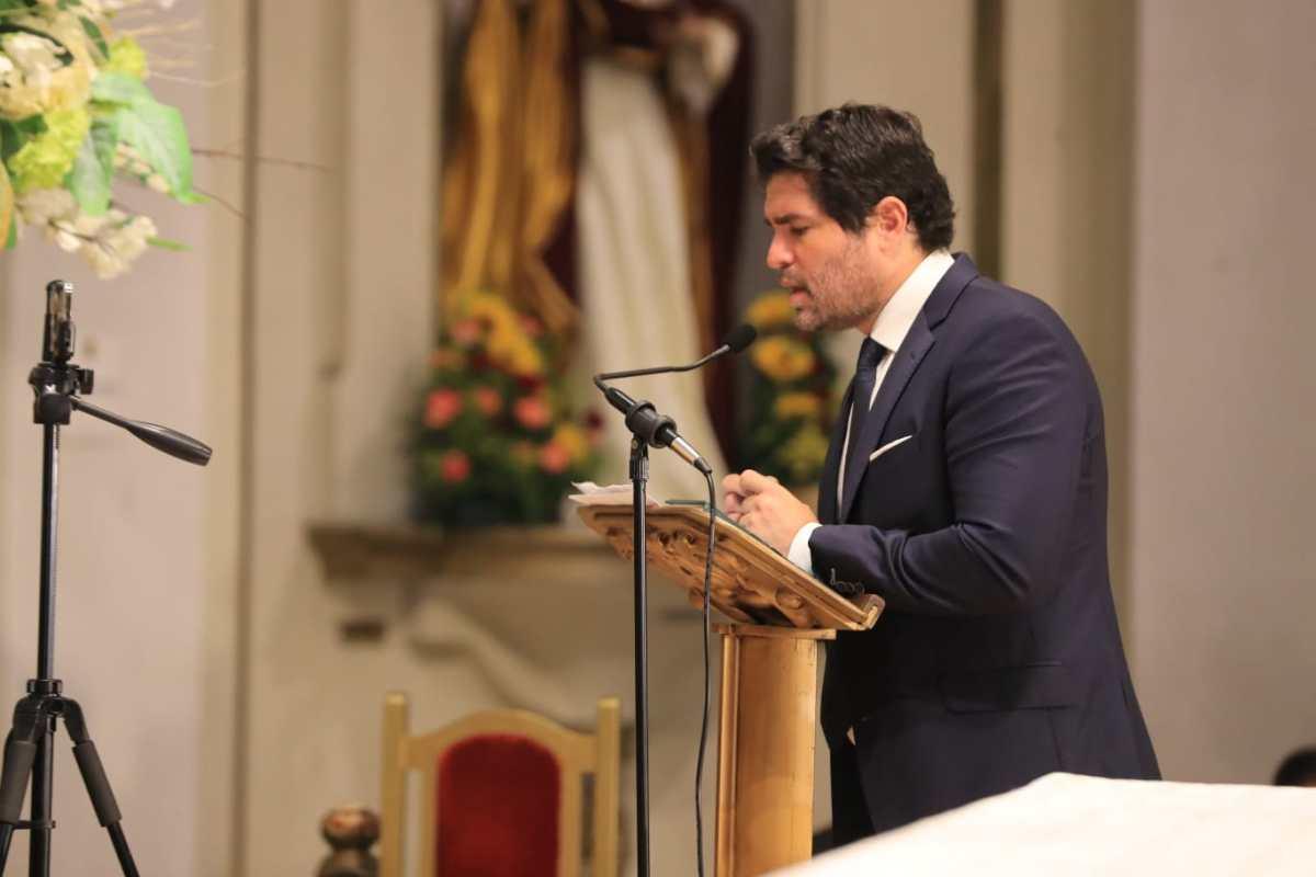 Eduardo Verástegui visita Guatemala, se reúne con Giammattei y participa de la firma de consenso en favor de la mujer y la familia