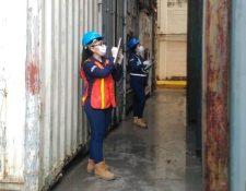 La intendencia de Aduanas de la SAT confirmó que no cuadran los registros de los inventarios de contenedores en los puertos en una citación en el Congreso. (Foto Prensa Libre: Cortesía SAT)